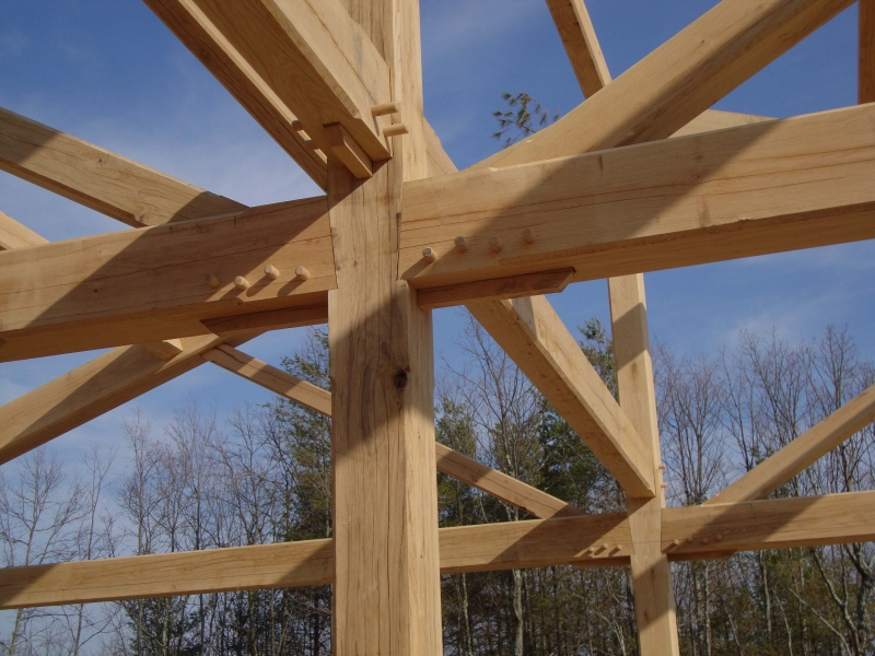 image of a spline connection with wood peg trunnels for a timber frame bent built near Smith Mountain Lake by Timber Ridge Craftsmen Inc